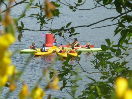 Aventure canoecle lac de vassiviere canoe